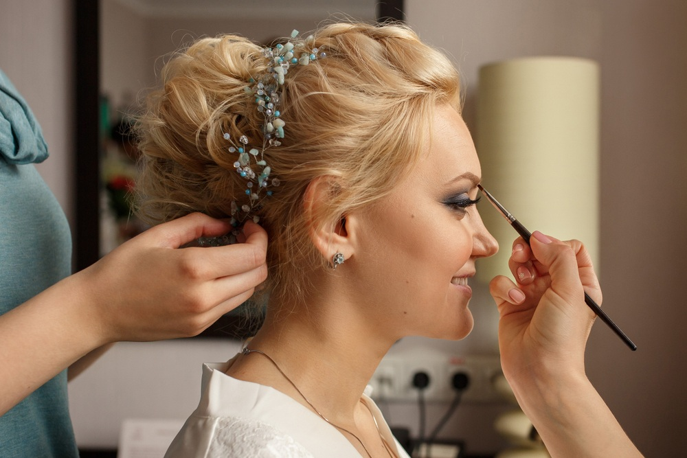 Choosing The Perfect Makeup Artist And Hair Stylist For My Wedding