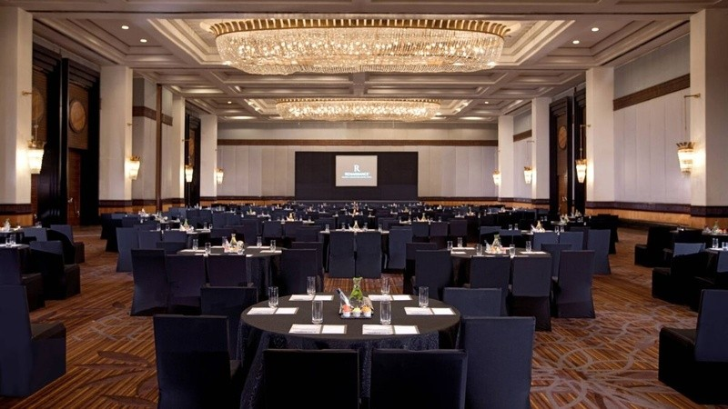 How to choose a beautiful and professional function hall