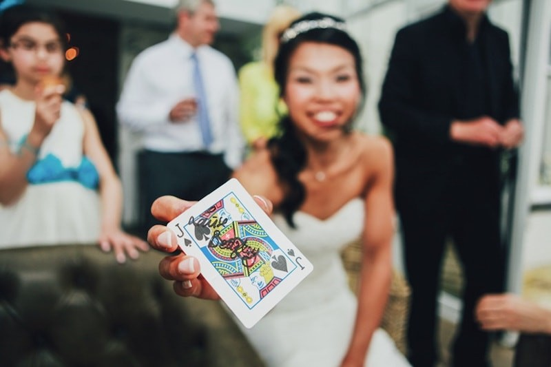 5 reasons to book a magician for your wedding